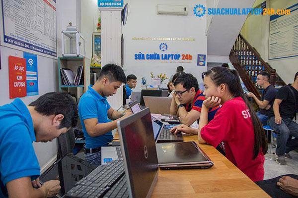 sửa chữa laptop lấy liền tại trung tâm